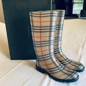 Burberry Shlea Rain Boots